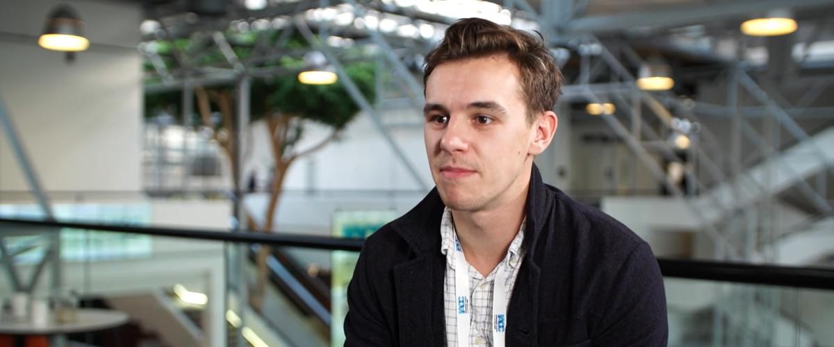 BuzzFeed Investigative Journalist Richard Holmes – Interview